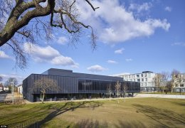 The architects created six new faculty buildings and two large cultural buildings linking original buildings by renowned 1950s architect Sir Leslie Martin